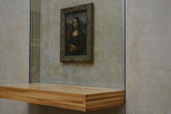 Mona Lisa, taken from the right.